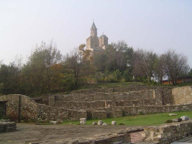 Исторически резерват Царевец